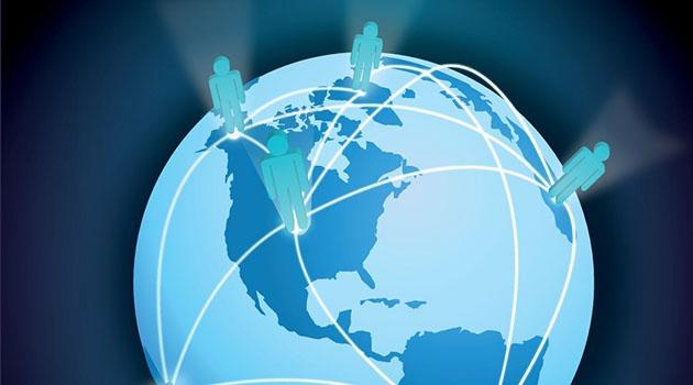 Animerad bild på jorden med nätverk mellan människor på olika världsdelar.