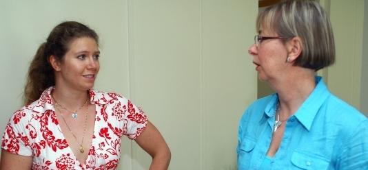 Sara Claesson, klinisk farmaceut, och professor Margareta Hammarlund-Udenäs.
