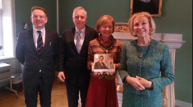 Foto på dekanus och professorerna Simester, Foblets och Jänterä-Jareborg
