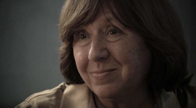 Porträttfotografi på Svetlana Aleksijevitj.