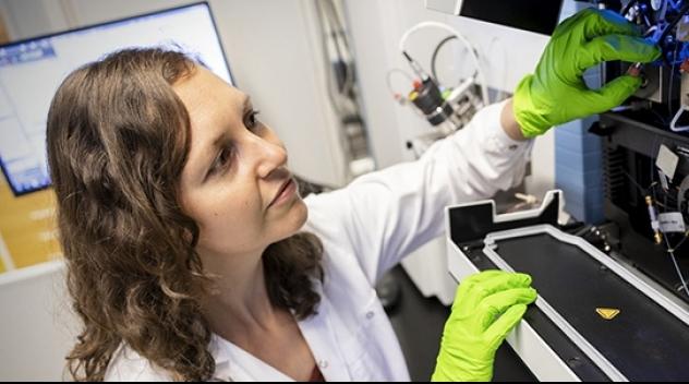 Christine Wegler, forskare vid Uppsala universitets farmaceutiska fakultet