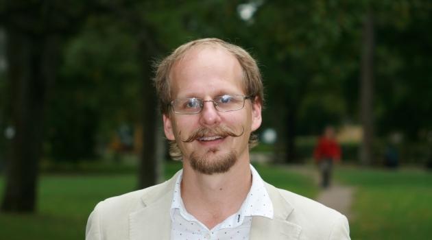 Personporträtt på Mattias Lundberg, lektor i musikvetenskap.