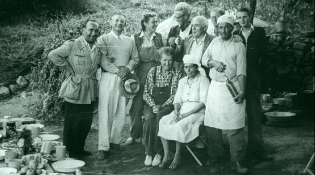 Black and white photo of archaeologists at Labraunda in 1948.
