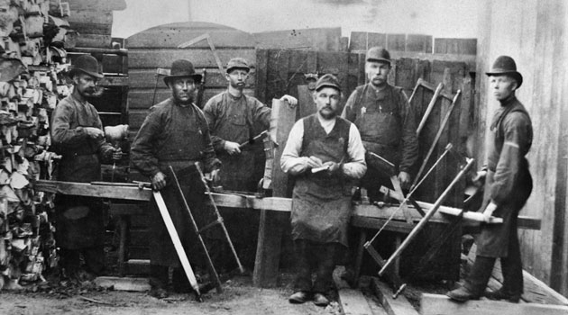 Group portrait with carpenters at the Munich Brewery in Stockholm in the 1890s.