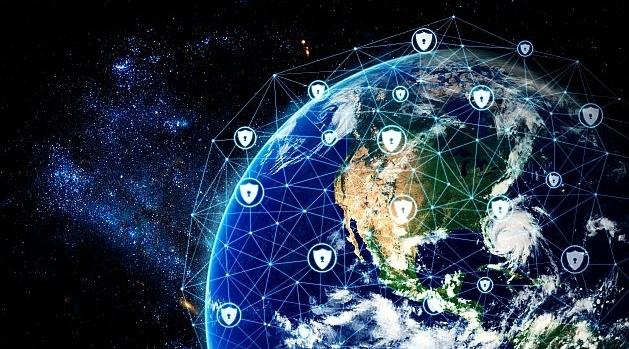 Jorden sedd från rymden täckt av ett cybernätverk