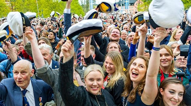 Mösspåtagning på Sista april i Uppsala